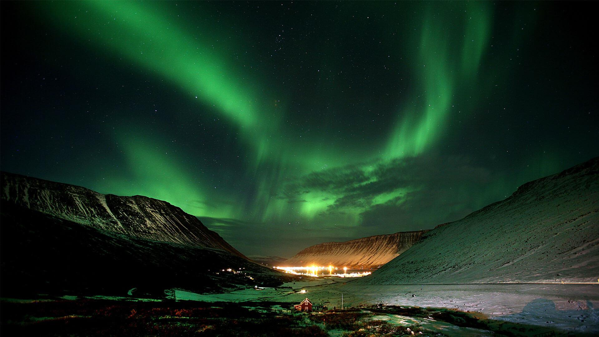 Aurora Borealis / twayneheeter/