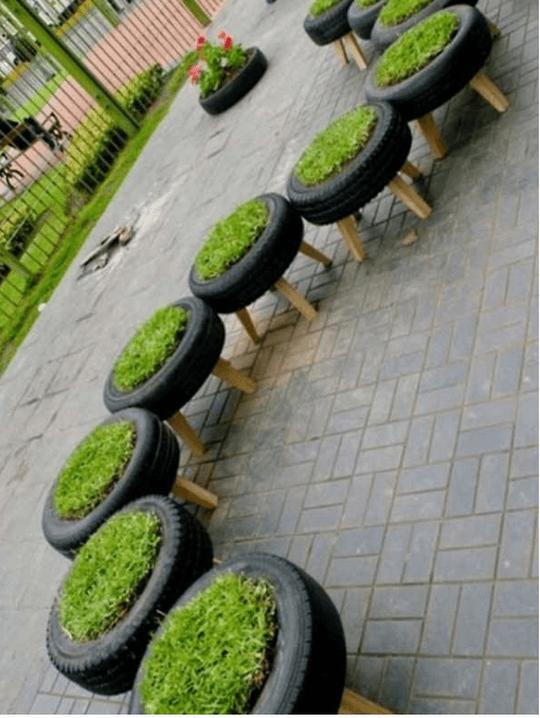 כיסאות דשא מצמיגים